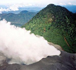 Puncak Gunung Peut Sagoe